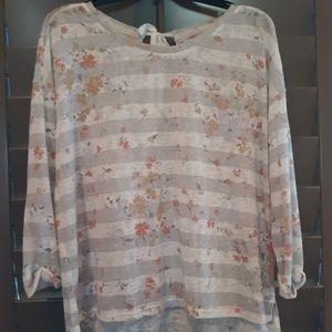 Lauren Conrad, light sweater, floral, size XL